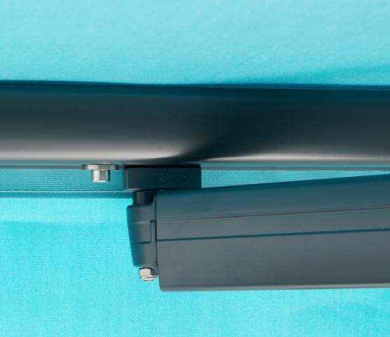 11_Détail doigt de fixation barre de charge - Store banne traditionnel FRANCIAFLEX modèle Horizon.jpg
