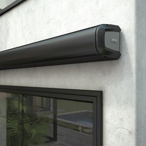 3_Store Coffre Franciaflex modèle Allure - RAL 9005 Noir - en position fermée.jpg