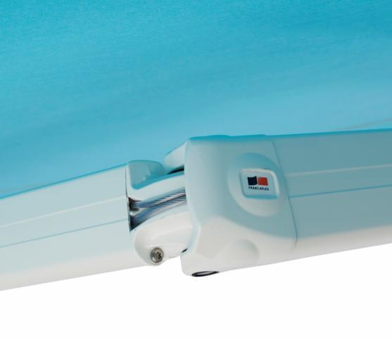 6_Détail bras à câbles gainés -Store banne cassette FRANCIAFLEX modèle Figari Auvent .jpg
