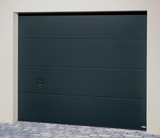 1_s_Porte de garage sectionnelle ISO 45 Novoferm - Panneau sans nervure - Coloris gris anthracite RAL 7016.jpg