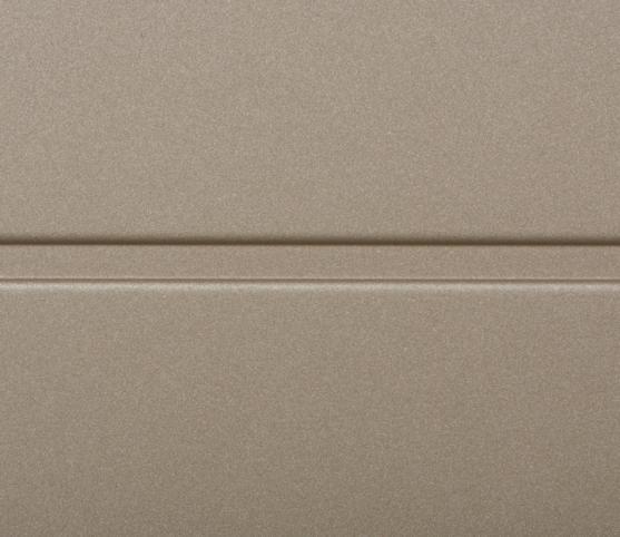 10_Détail panneau nervure Large NOVOFERM - Couleur RAL S2500 gris sablé Bronze.jpg