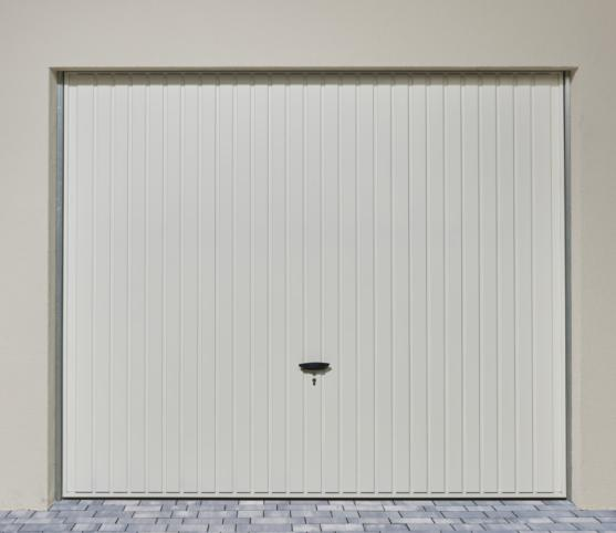 4_Porte de garage basculante DL Novoferm - Panneau à nervures verticales - Coloris Blanc RAL 9016 .jpg