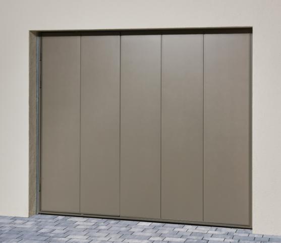 4_Porte de garage basculante NOVISO - Panneau sans nervure - Finition Lisse - Coloris gris pyrite.jpg