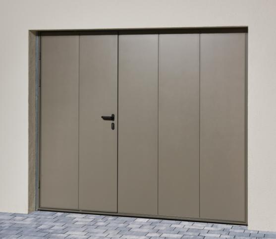 5_Porte de garage basculante NOVISO - Panneau sans nervure - Finition Lisse - Coloris gris pyrite.jpg