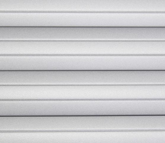10_Lame aluminium isolée 37 mm de hauteur - position fermée.jpg